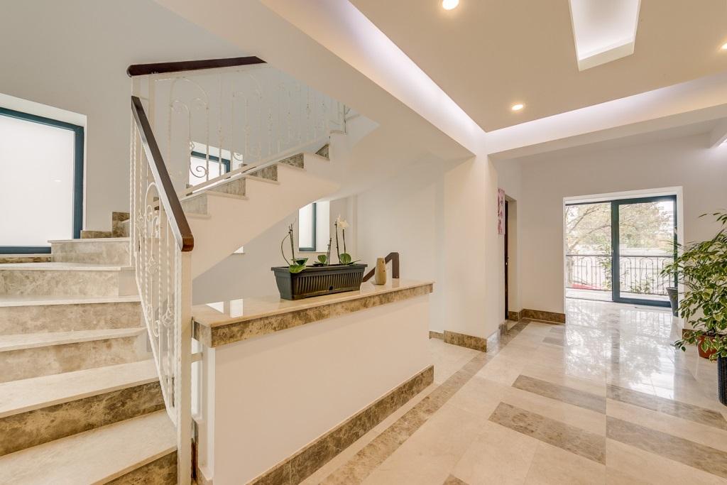 Casa-scarii